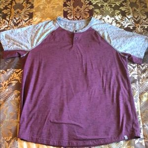 American Eagle XL shirt